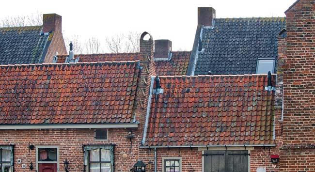 Schuin dak isoleren: zelf doen of uitbesteden?