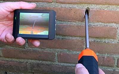 Video endoscoop in de spouwmuur
